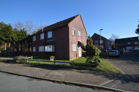 3 bedroom semi-detached house for sale - Craske Mews, Chapel Break, Norwich