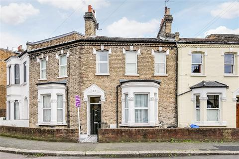 3 bedroom terraced house for sale - Purcell Crescent, London