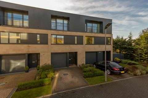 3 bedroom townhouse for sale - 164 Whitehouse Loan, Grange, EH9 2EZ