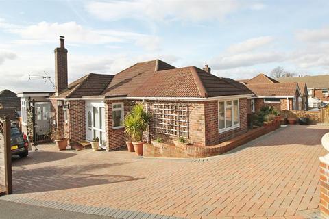2 bedroom bungalow for sale - Riversdale Close, Southampton, SO19 9GL