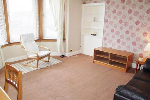 2 bedroom flat to rent - Cardross Street, Dundee, DD4 9AA
