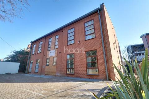 1 Bedroom Flat To Rent Pelham Road Ng5