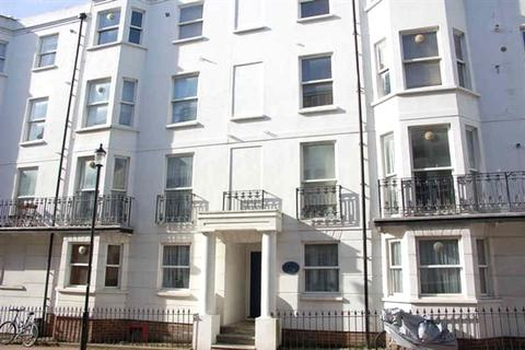 3 bedroom apartment to rent - St Annes Court, Burlington Street, Kemptown, Brighton BN2 1AA