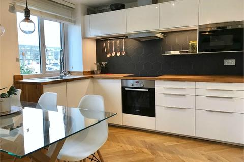 2 bedroom flat for sale - 1 Dunnage Crescent, London