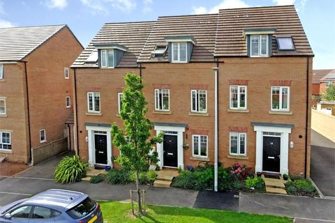 3 bedroom terraced house for sale - Peppercombe Avenue, Rougement Park, EXETER, Devon
