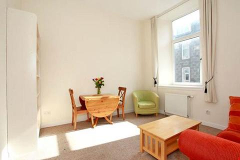 1 bedroom flat to rent - Hill Street, First Floor Right, AB25