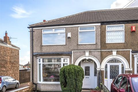 3 bedroom end of terrace house for sale - Yarborough Road, Grimsby, DN34