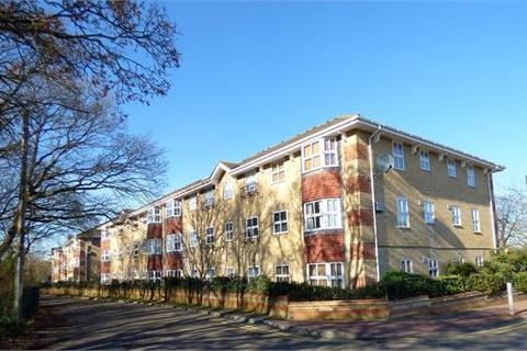 1 bedroom flat for sale - The Rowans, Leigh on sea, Leigh on sea, SS9 4ED