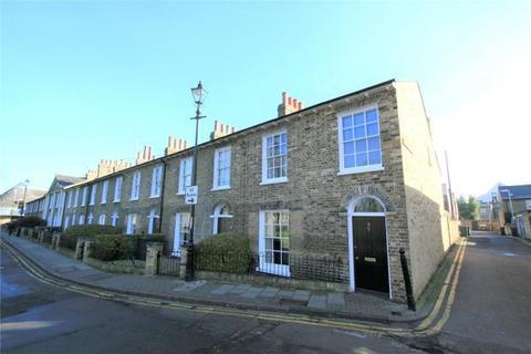 3 bedroom terraced house to rent - New Square, Cambridge, Cambridgeshire