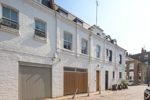 2 bedroom mews for sale - Oldbury Place, Marylebone Village, London