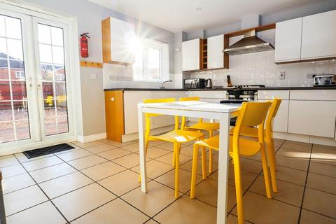 1 bedroom house share to rent - Windsor Park Gardens, Norwich