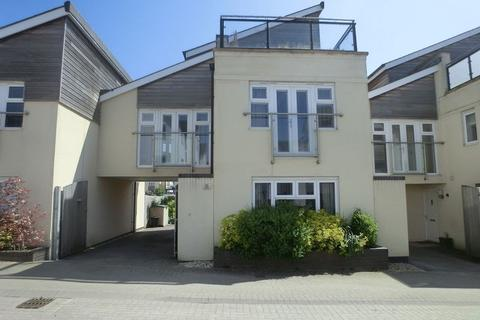 3 bedroom house to rent - Naiad Road, Swansea