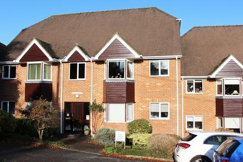 2 bedroom flat for sale - Ellingham Close, Grange Road, Alresford