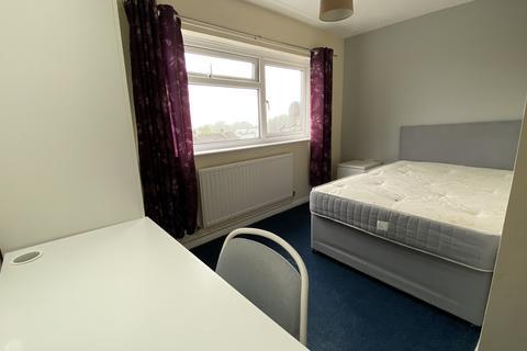 1 bedroom in a house share to rent - Oak Ridge, Sketty, Swansea