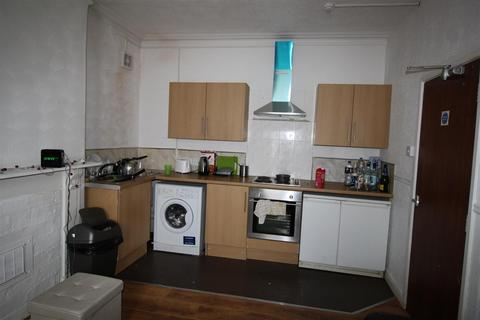 2 bedroom flat to rent - Flat 2, 40 Richmond RoadCardiff