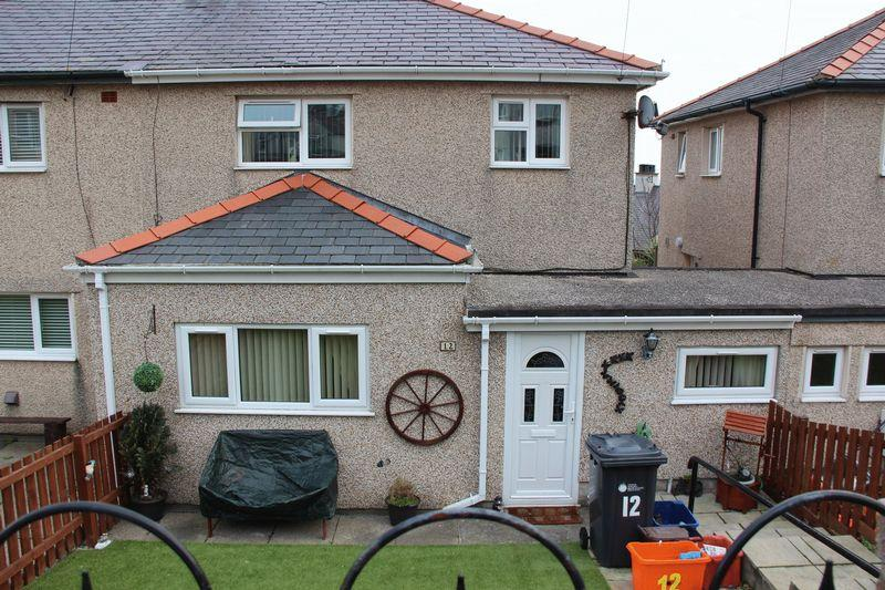 3 Bedrooms Semi Detached House for sale in Upper Baptist Street, Holyhead