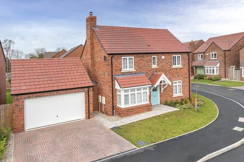 4 bedroom detached house for sale - Barnfield Close, Church Aston, Newport, TF10 9FD