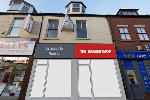 Retail property (high street) to rent - Holmeside, City Centre, Sunderland