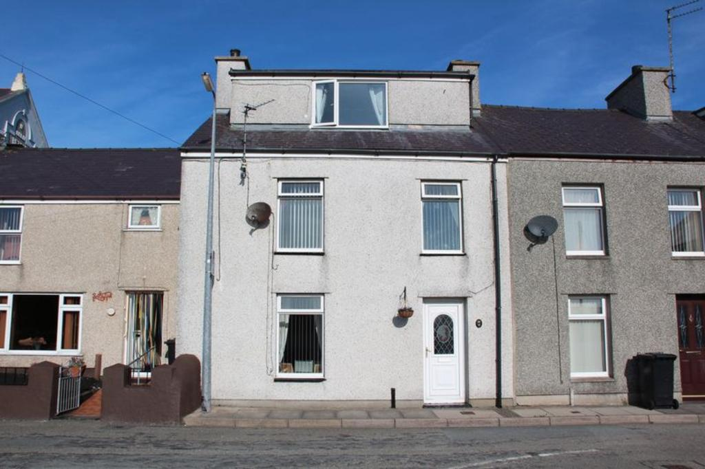 3 Bedrooms Terraced House for sale in Baptist Street, Holyhead