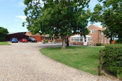 5 bedroom detached house for sale - Ingoldmells Road, Near Burgh Le Marsh, Addlethorpe, Skegness, PE24 4TZ