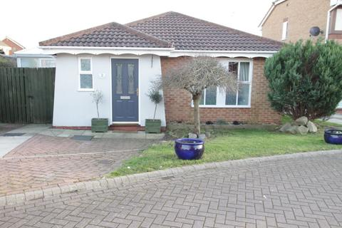 2 bedroom detached bungalow for sale - Curlew Close, Driffield