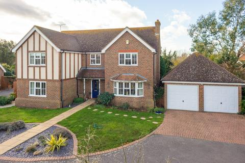 5 bedroom detached house for sale - Monkton Court, Whitstable, CT5
