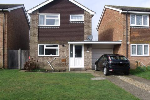 3 bedroom link detached house for sale - GAINSBOROUGH DRIVE, SELSEY PO20