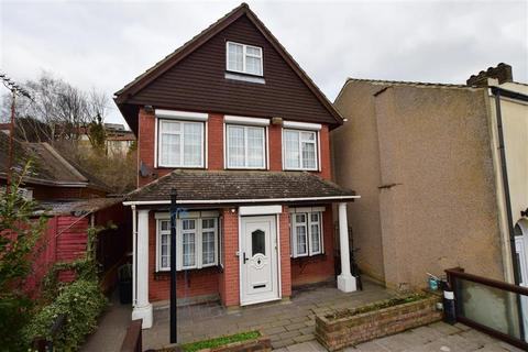 5 bedroom detached house for sale - Constitution Road, Chatham, Kent