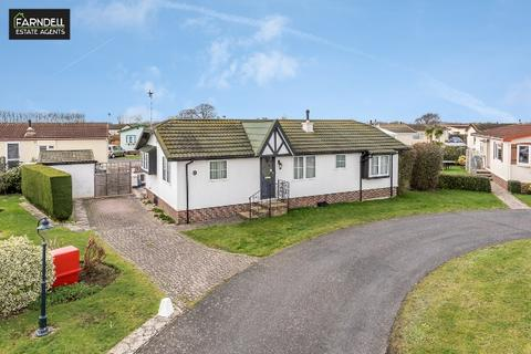 2 bedroom mobile home for sale - Millview Close, Nyetimber, Bognor Regis, West Sussex. PO21 3UF
