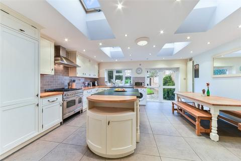 4 bedroom terraced house for sale - Moring Road, London, SW17