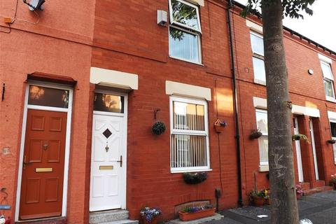 3 bedroom terraced house to rent - Keswick Grove, Salford, M6 5LR