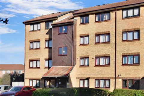 2 bedroom ground floor flat for sale - Hardcastle Close, Croydon, Surrey