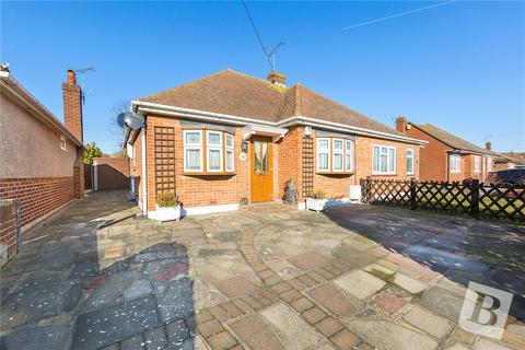 2 bedroom bungalow for sale - Chaucer Road, Northfleet, Gravesend, Kent, DA11