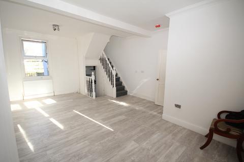 2 bedroom detached house for sale - Stephen's Road