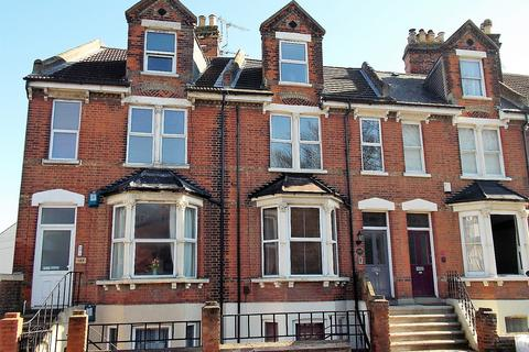 3 bedroom apartment for sale - Maidstone Road, Rochester, Kent ME1