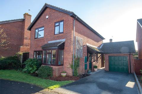 4 bedroom detached house for sale - Touchstone Avenue, Stoke Gifford, Bristol, BS34