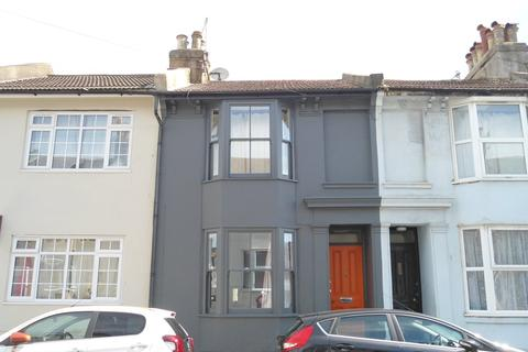 5 bedroom terraced house to rent - Park Crescent Road, Lewes Road