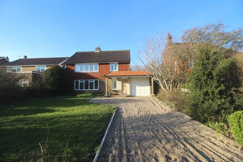 5 bedroom detached house for sale - Old Camp Road, Summerdown, Eastbourne BN20