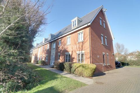 1 bedroom flat for sale - Temple Way, Rayleigh
