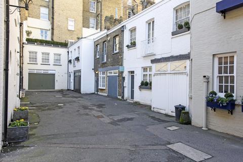 2 bedroom mews for sale - Eaton Terrace Mews, Belgravia , London, London SW1W