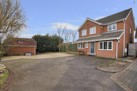 4 bedroom detached house for sale - Harry Wells Road, Herne Bay, Kent