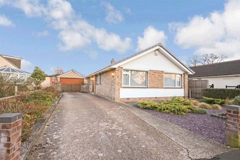 4 bedroom detached bungalow for sale - 7 Beacon Park Road, UPTON, POOLE, Dorset