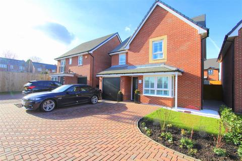 4 bedroom detached house for sale - Springwell Avenue, Roby, Liverpool