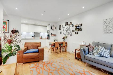 2 bedroom apartment for sale - Regalia Point, Palmers Road, Bethnal Green