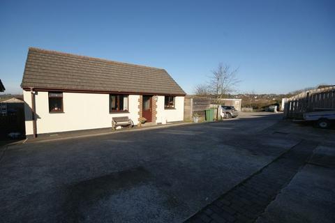 3 bedroom bungalow for sale - Margaret Crescent, Bodmin