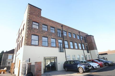1 bedroom apartment for sale - Downend Road, Bristol