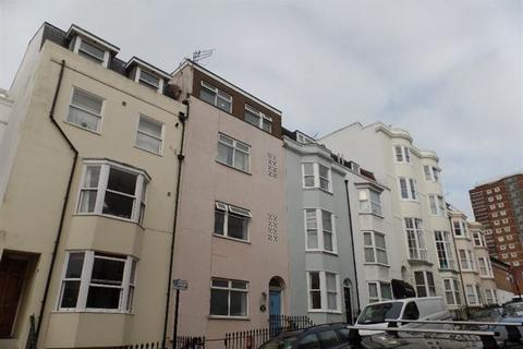 Studio to rent - Devonshire Place, Kemp Town, Brighton