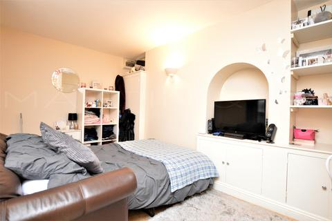 Studio for sale - Northcote Road, Strood