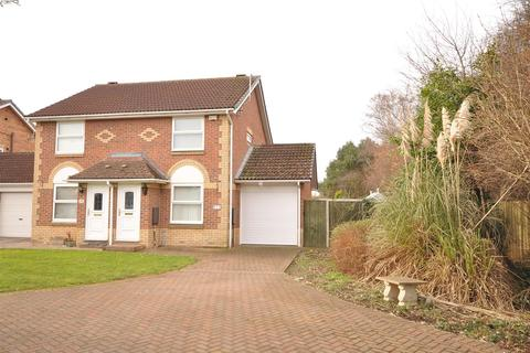 2 bedroom semi-detached house for sale - Blenheim Court, Rawcliffe, York, YO30 5WD