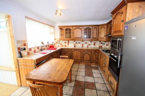 3 bedroom detached bungalow for sale - Hillside, Stapleton, Darlington